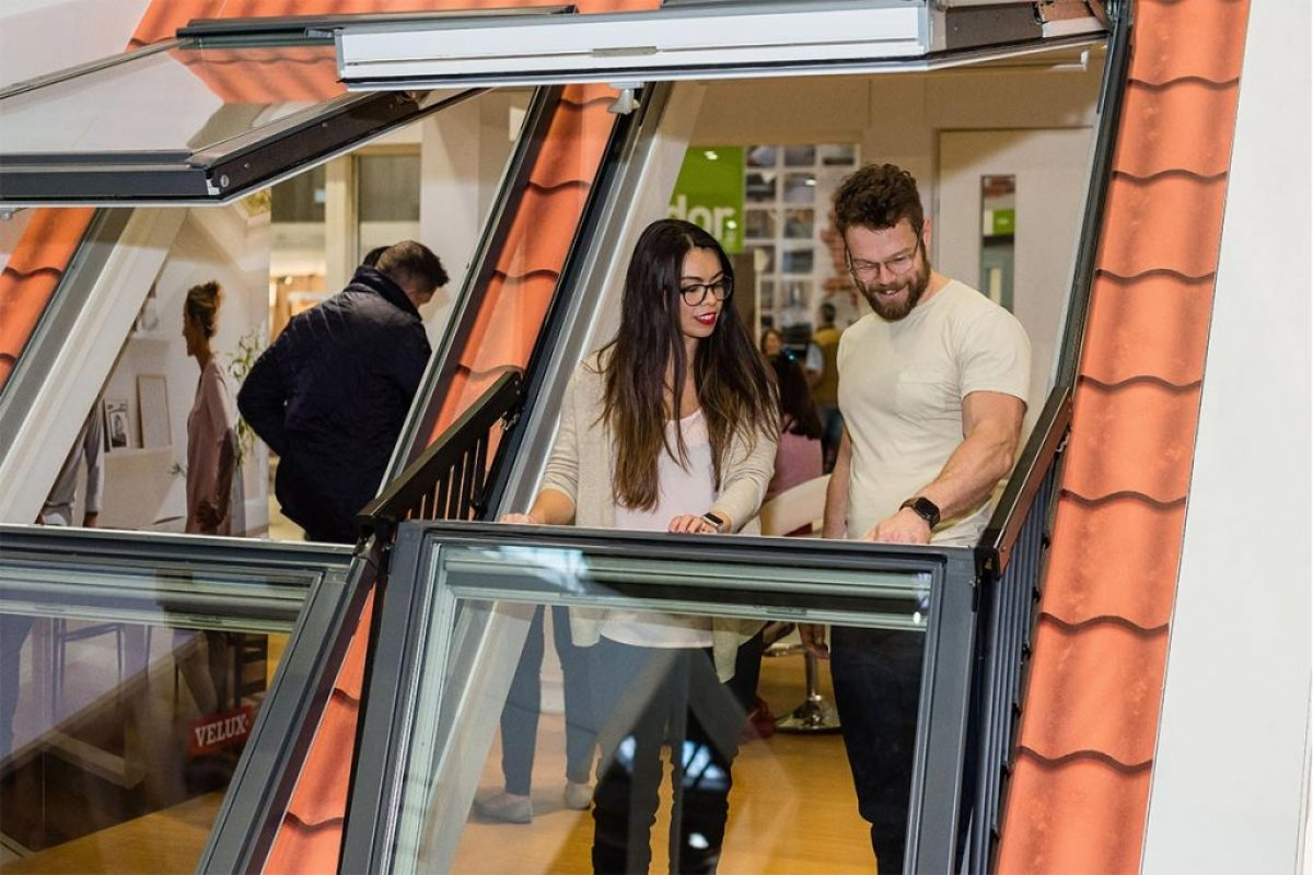 Grand Designs Live – Visitors Looking At Products